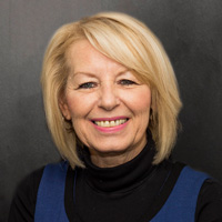 Pam Tate : Customer Relations Manager